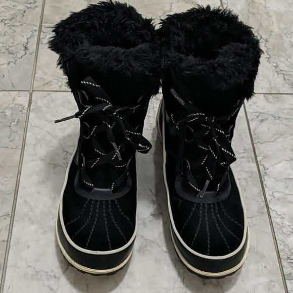 Sorel Tivoli II Boots - Women's. Winter boots
